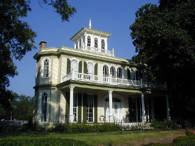 The House of the Seasons in Jefferson, TX